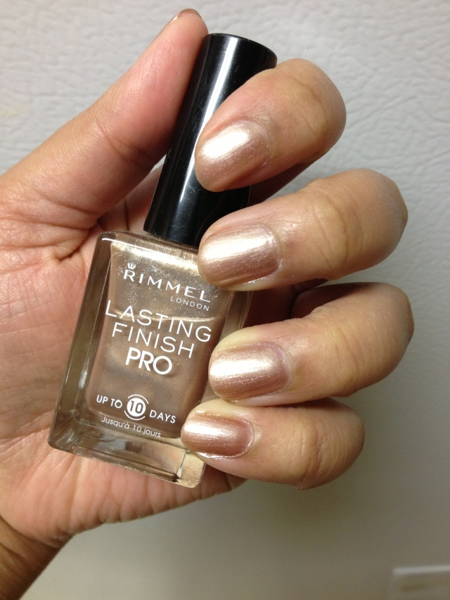 rimmel_nail_polish_gold_silk_260_lastingfinish_pro