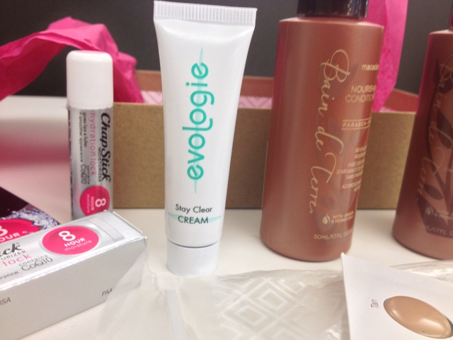 evologie-stay-clear-cream