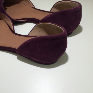 Vince-camuto-burgundy-flats